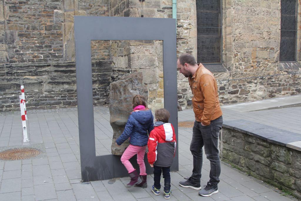 In het centrum van Goslar vinden we nog een aantal ertsblokken.