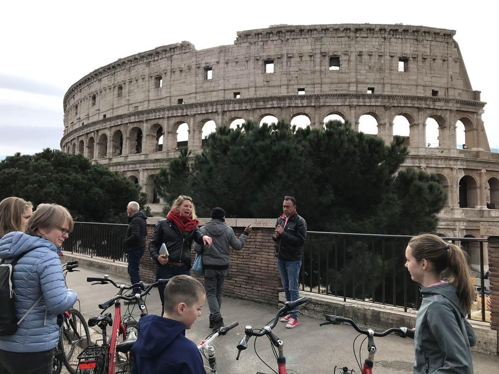 Uitleg over het Colosseum.