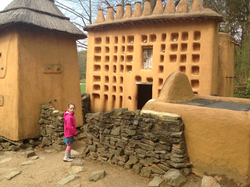 Net alsof we echt in Afrika zijn, maar het is het Afrika Museum.