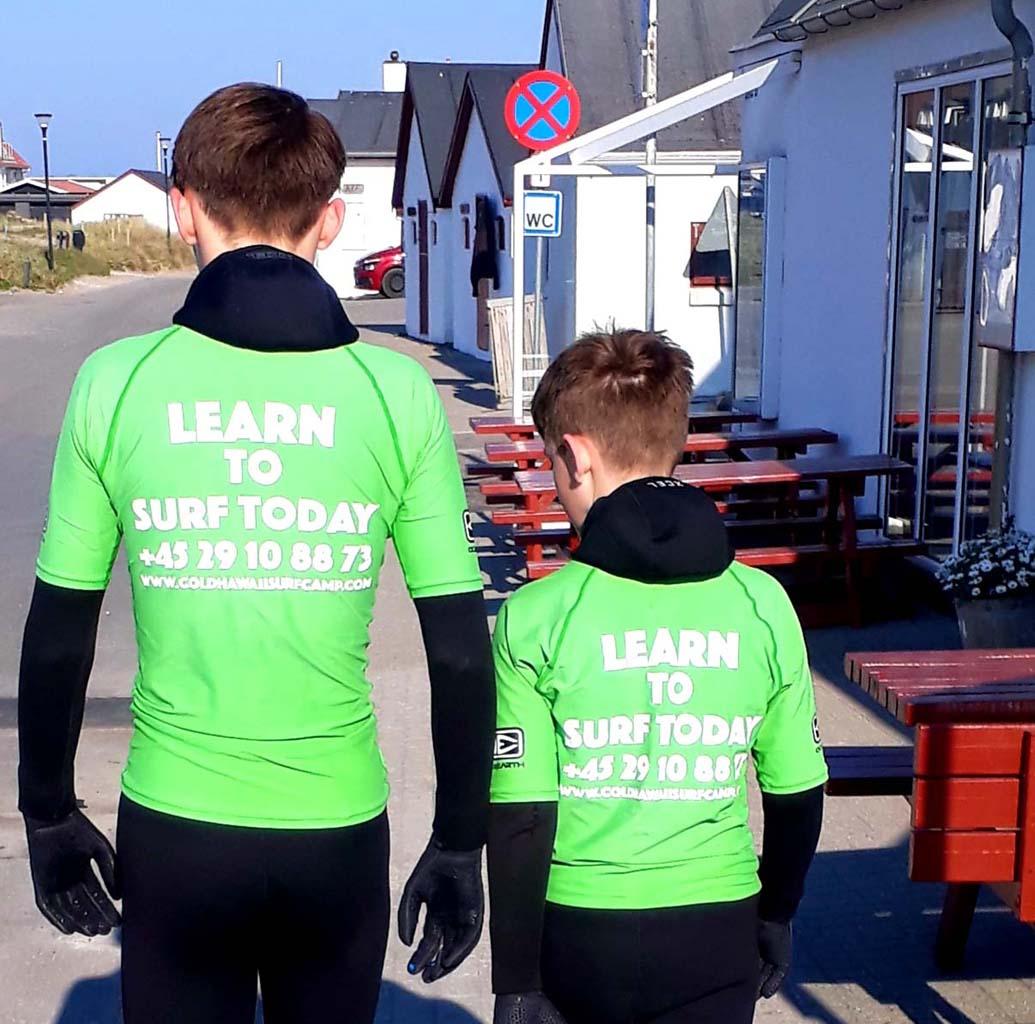 Leren surfen kan ook in Denemarken (copyright: @Tamara Visser van Vakantiepartner Denemarken).