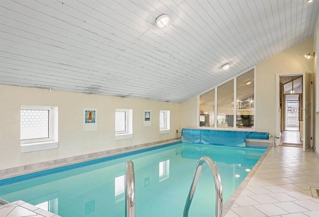 Gaaf, een huis met zwembad! (copyright: @Feriepartner)