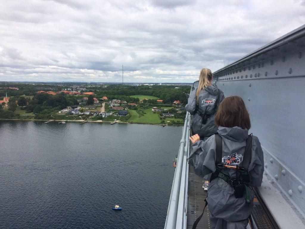 Bridgewalking kan in Europa alleen in Denemarken. Zelfs 3 op Reis was er!