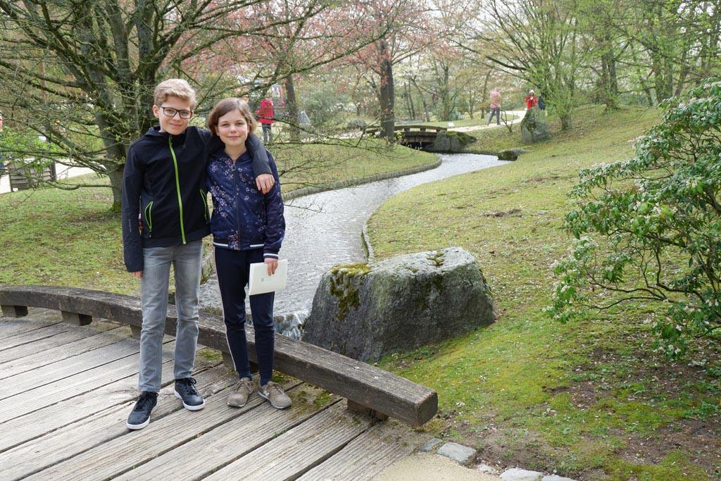 Wij zijn klaar voor een wandeling door deze bijzondere tuin in Hasselt
