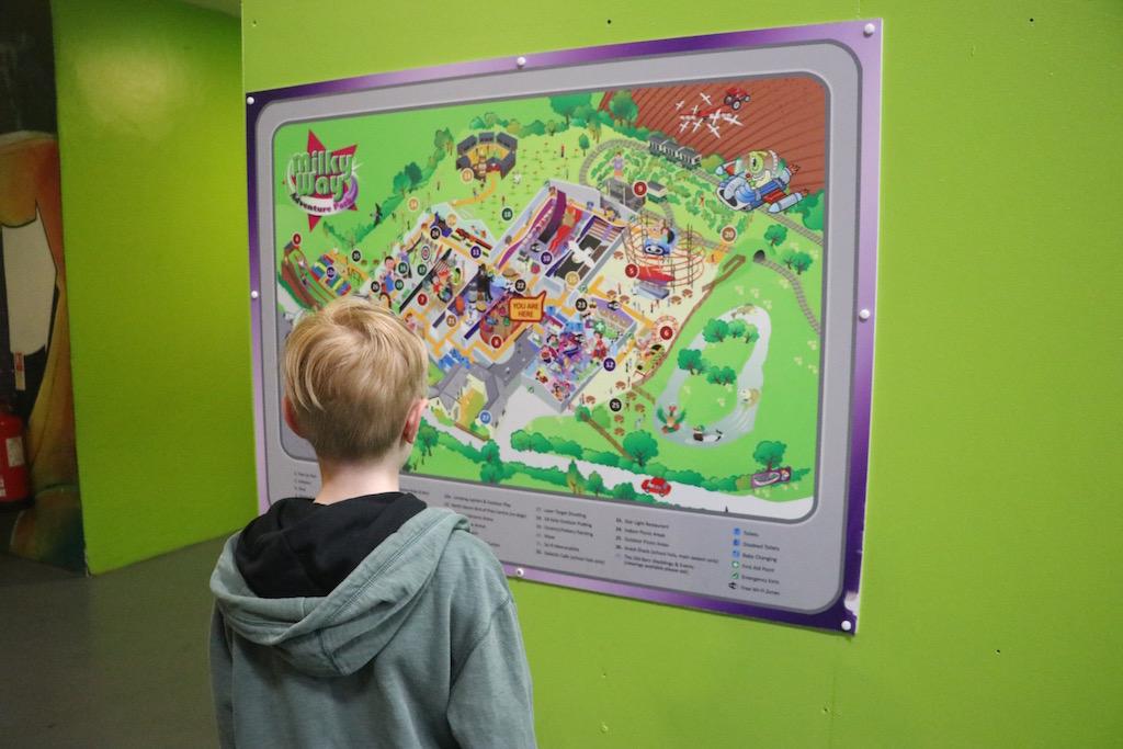 We bekijken de plattegrond van Milky Way Adventure Park in Devon: wat gaan we allemaal doen?
