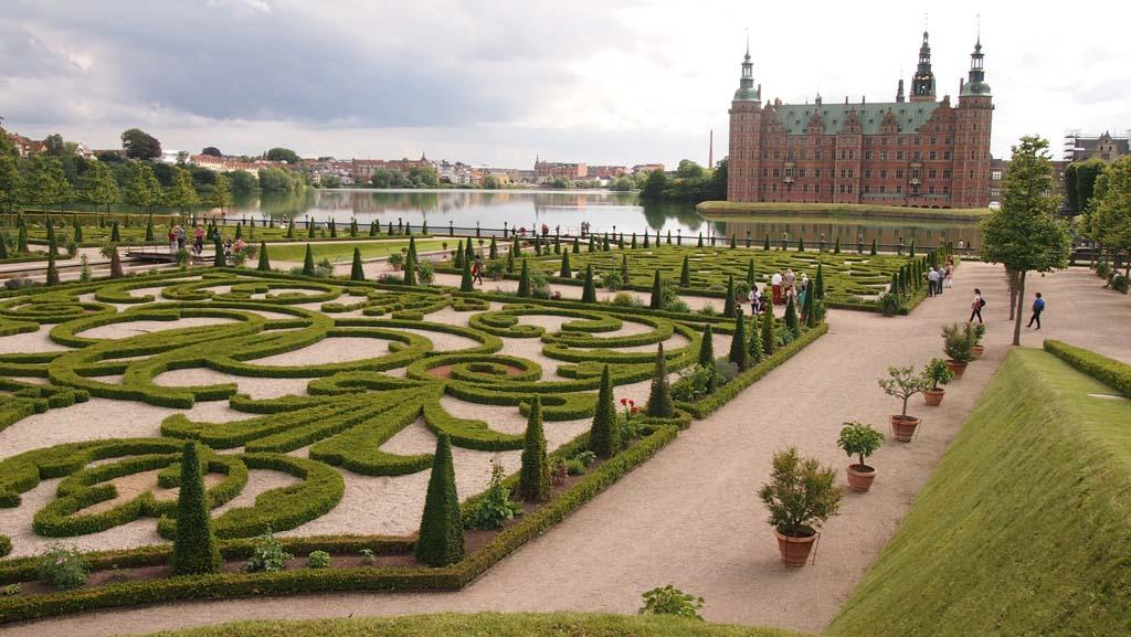 Frederiksberg Slot en de kasteeltuin.