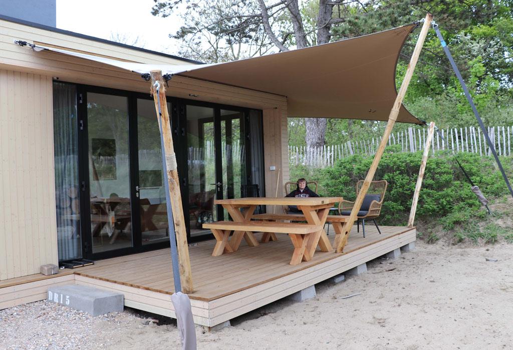 Chillen op de veranda is heerlijk Slapen-in-de-duinen-27-jpg