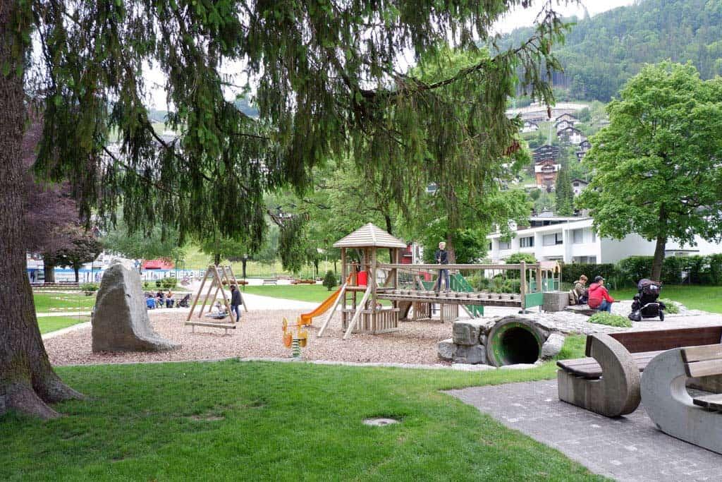 Speelplaats in het centrum van Engelberg