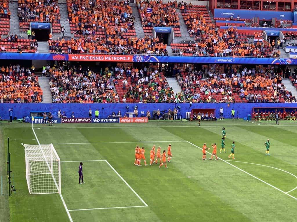 Yeah, 1-0 voor Nederland!