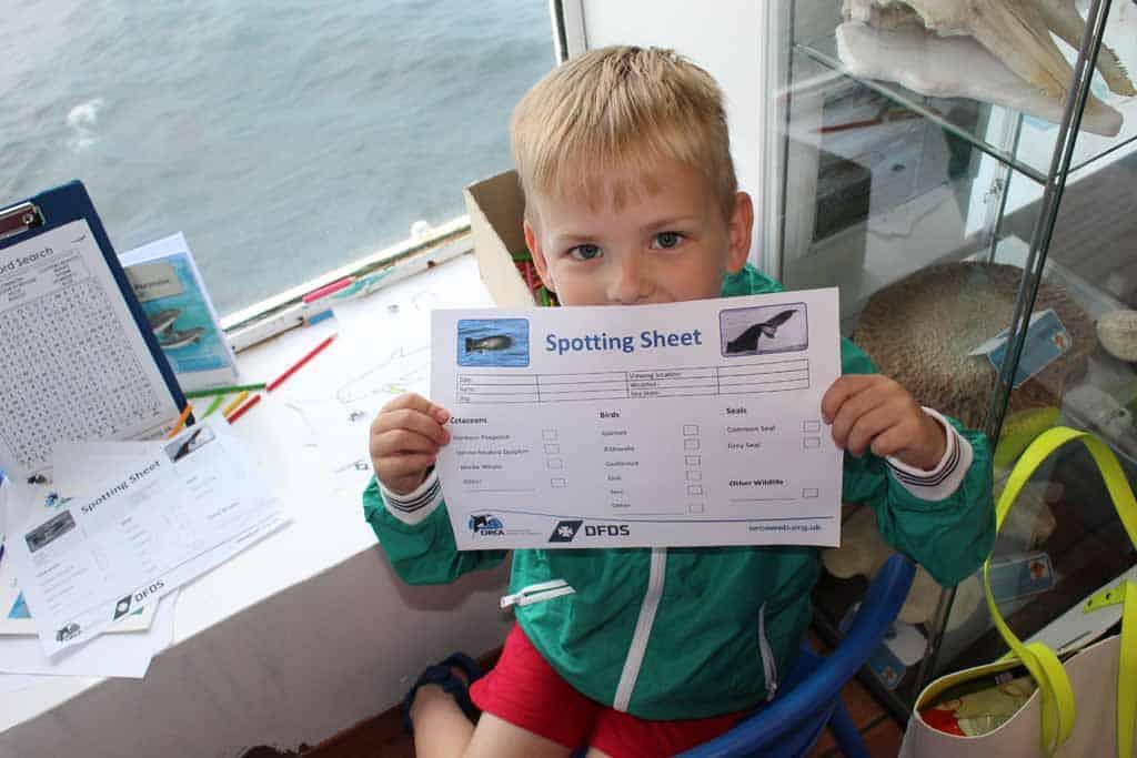 De spotting sheet van ORCA Wildlife Center, om bij te houden welke dieren je allemaal spot