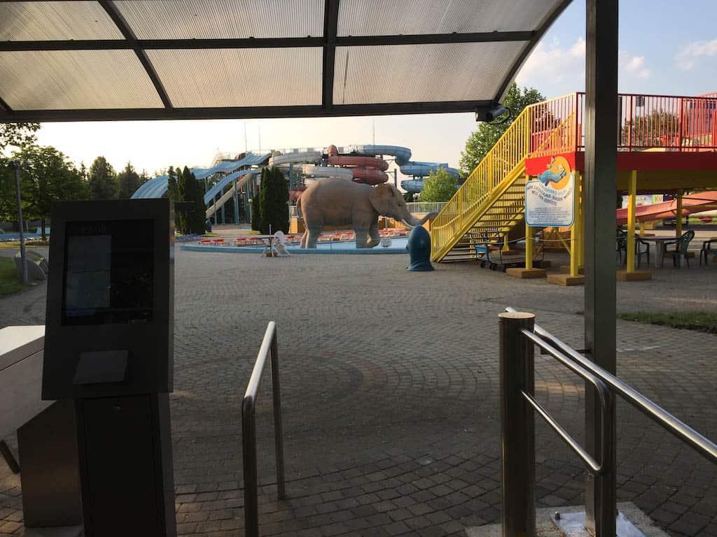 Als ik hier ben is het Aquapark nog niet helemaal open. In de meivakantie ben je dus te vroeg.