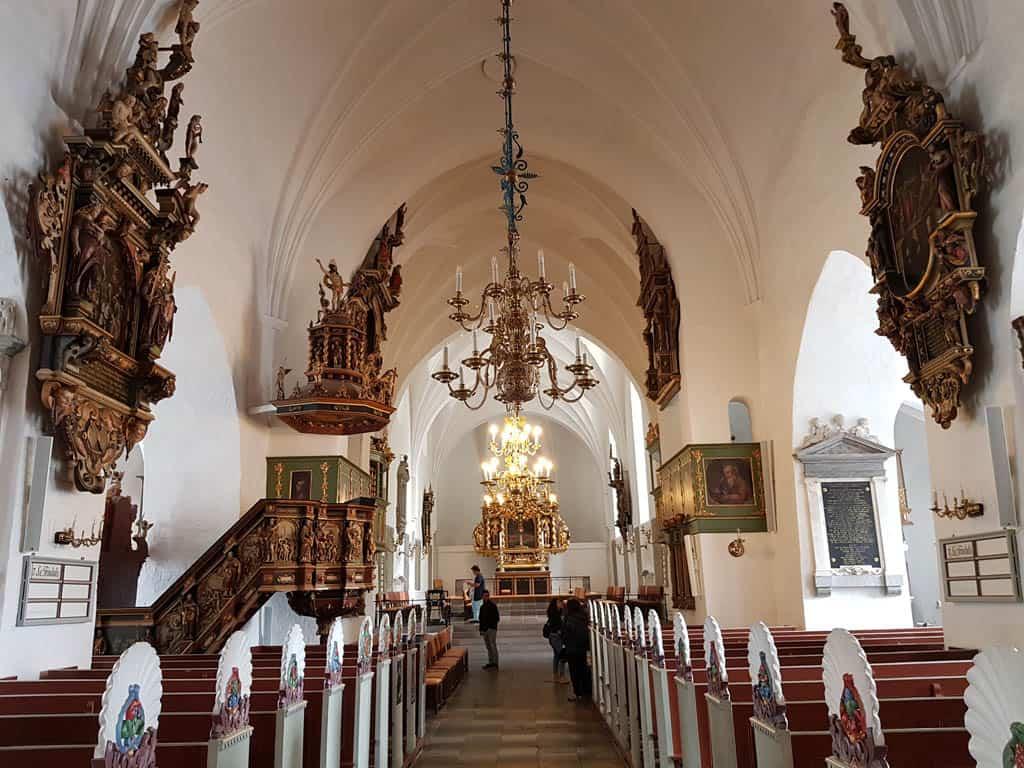 Een mooie kerk, openbaar toegankelijk.