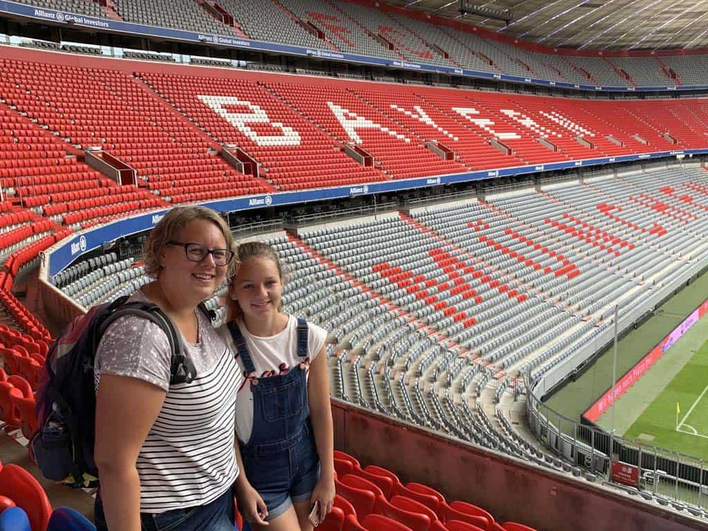 Natuurlijk maken we een fotootje in het stadion.
