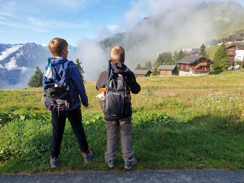 Goedemorgen Riederalp, wij gaan wandelen over de Aletschgletsjer gletsjertocht-met-kinderen