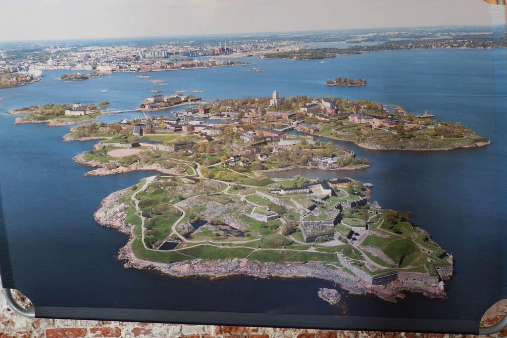Een overzichtsfoto van Suomenlinna fort
