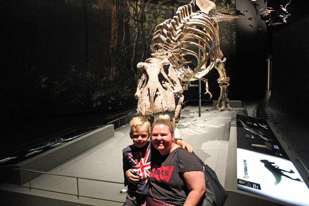 T-rex Trix is ook weer van de partij in het vernieuwde Naturalis