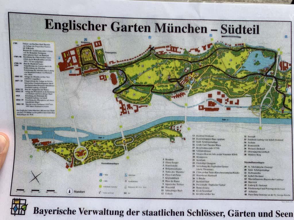 In het fietsmandje ligt deze kaart met route die we ongeveer volgen.