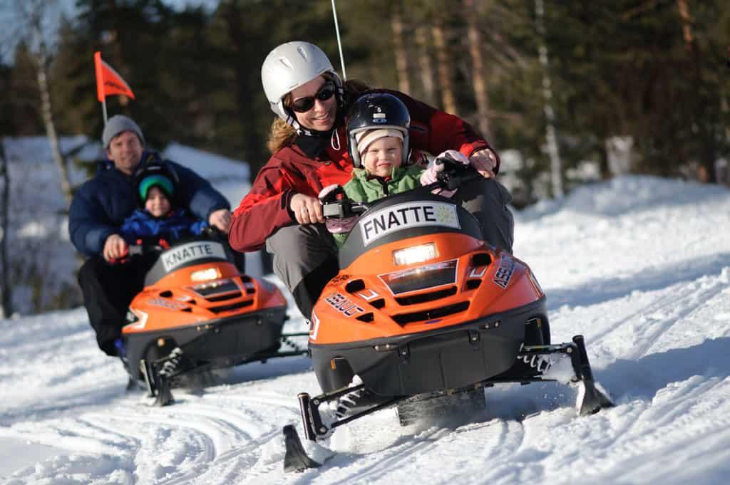 Bucketlist activiteit: sneeuwscooteren!