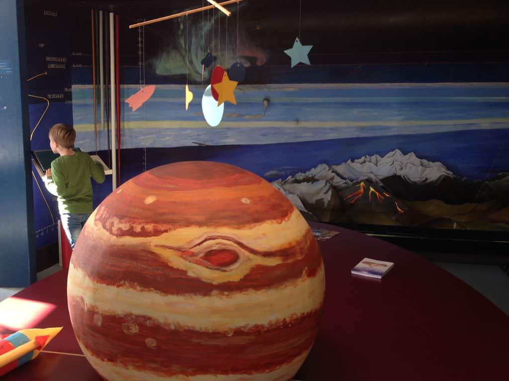 Cosmos sterrenwacht en planetarium in noordoost Twente.