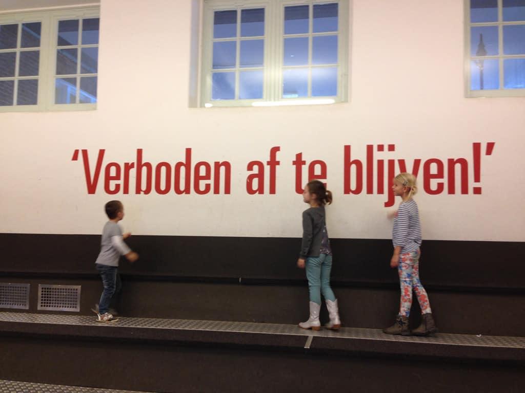 """""""Verboden af te blijven"""" is de slogan van het Techniekmuseum in Hengelo."""