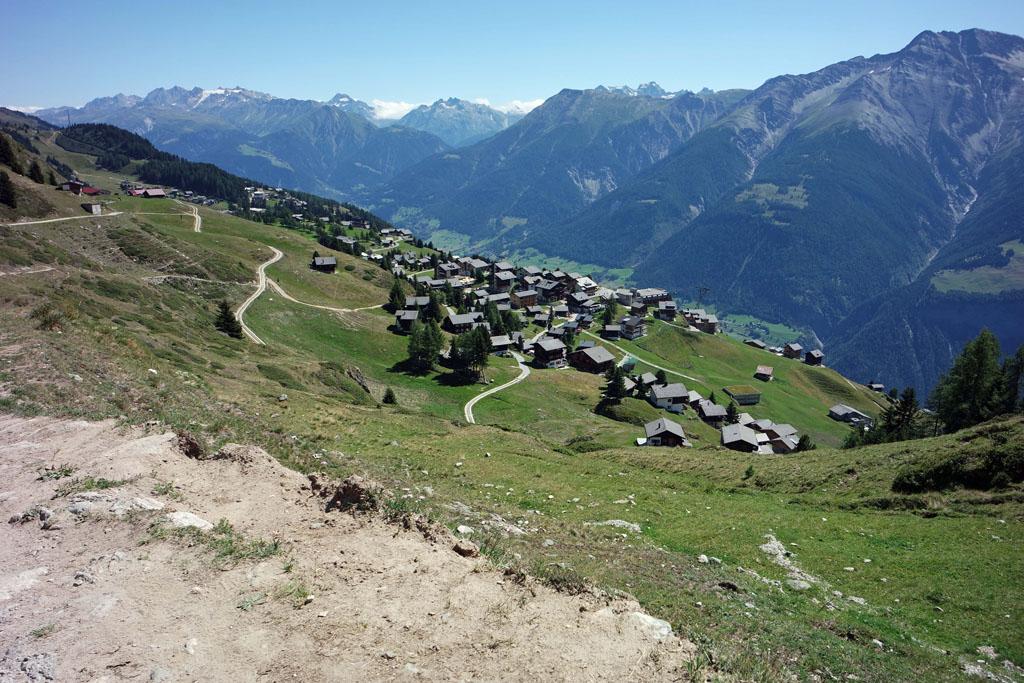 Tijd om weer af te dalen naar het autovrije dorp Riederalp vakantie-in-de-aletsch-arena