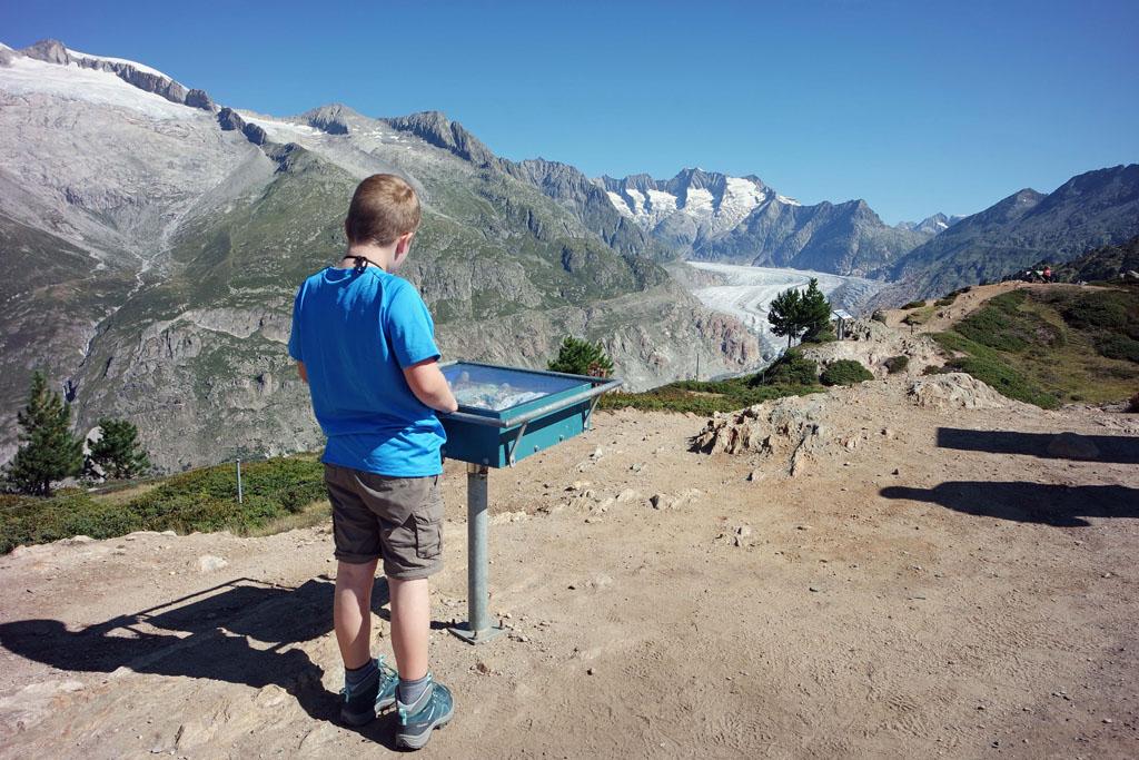 Mijn jongste wil eerst het spel doen met de Aletschgletsjer als thema vakantie-in-de-aletsch-arena