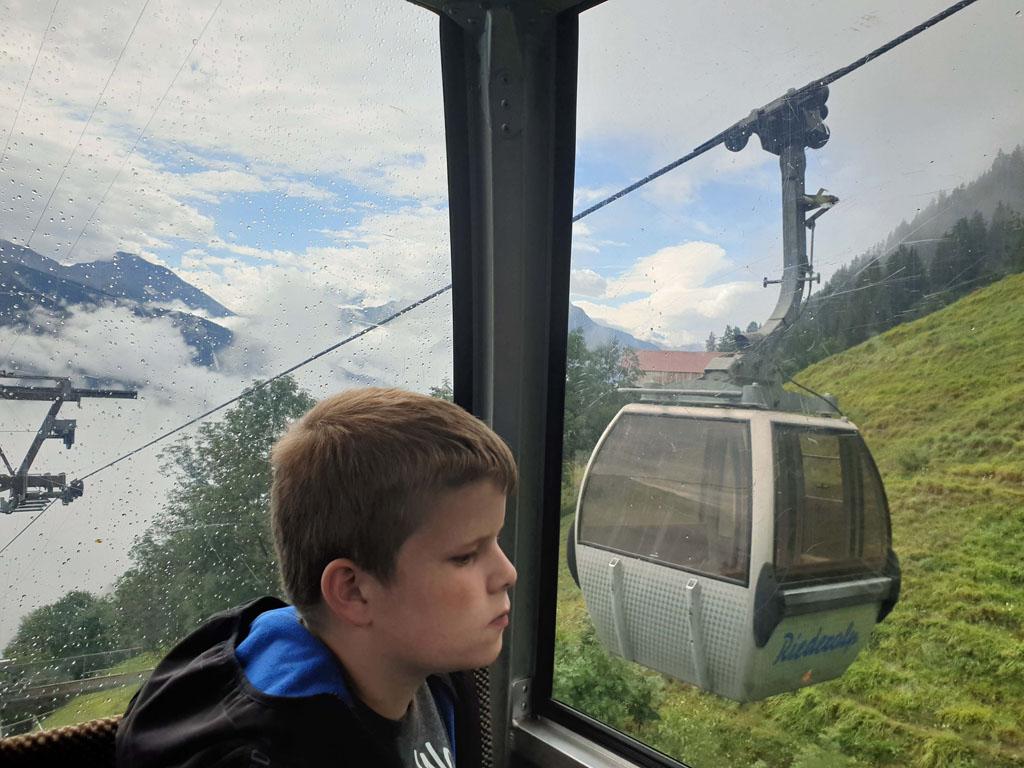 Met de Wanderpass Aletsch+ kunnen we onbeperkt met de kabelbanen in de Aletsch Arena vakantie-in-de-aletsch-arena