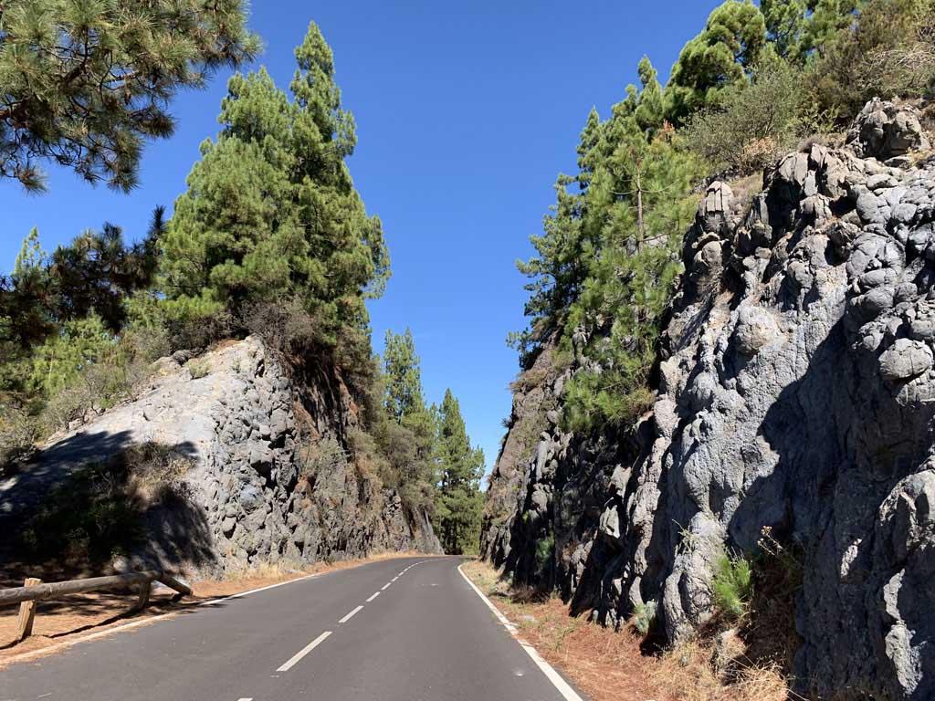 Wauw, wat was dit een mooie route door Nationaal Park El Teide. Ook zonder beklimmen van de top en zonder de kabelbaan de moeite waard!