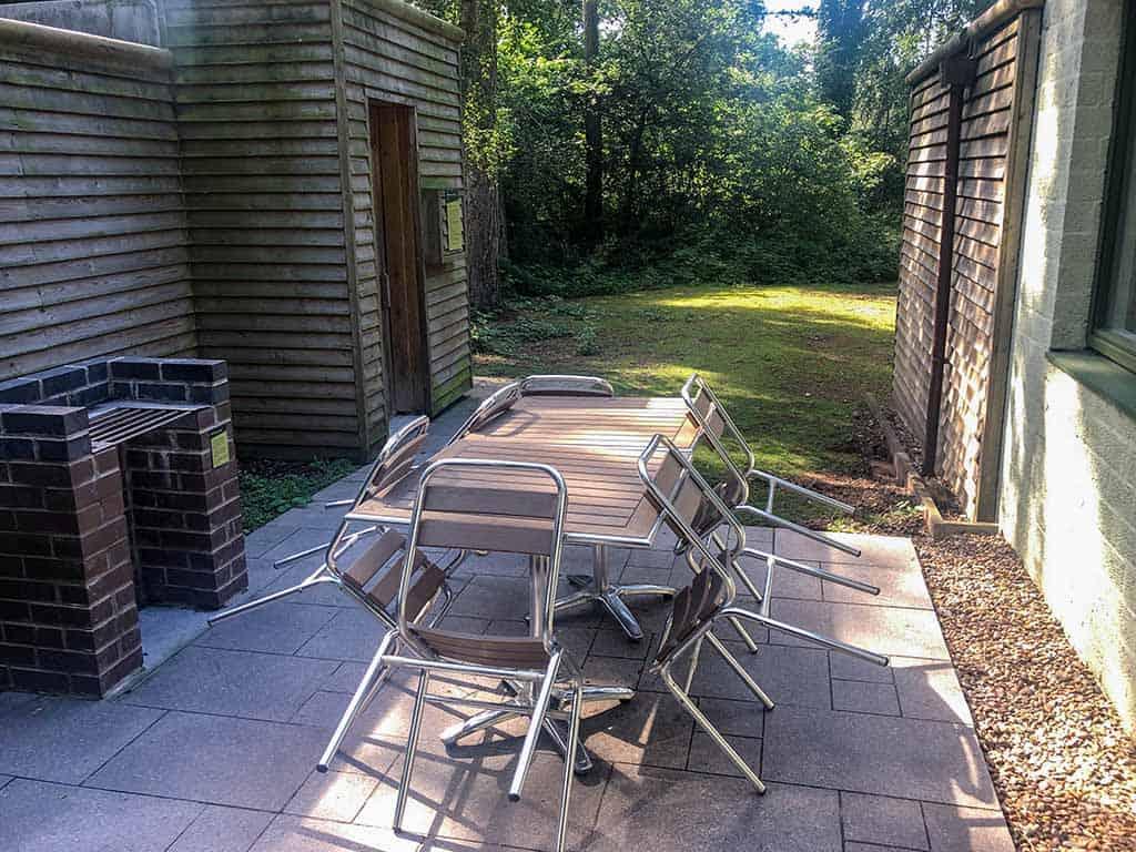 Ons terras, met grote tuinset en eigen sauna
