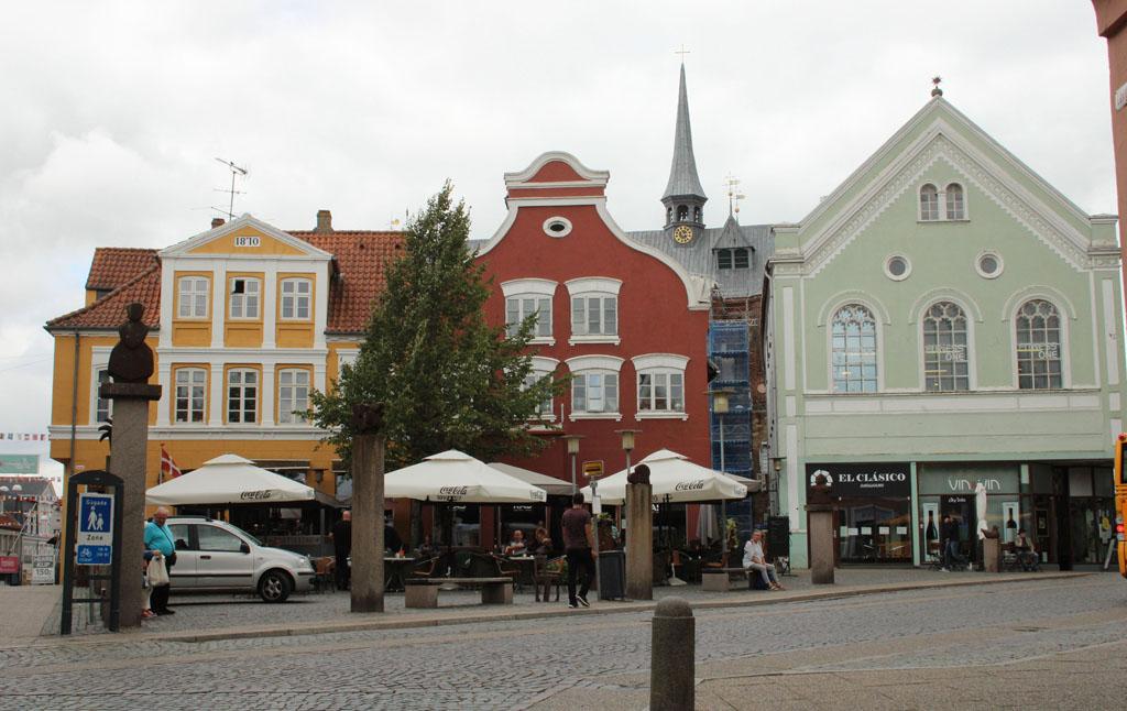 Haderslev is een gezellige stad om doorheen te wandelen.
