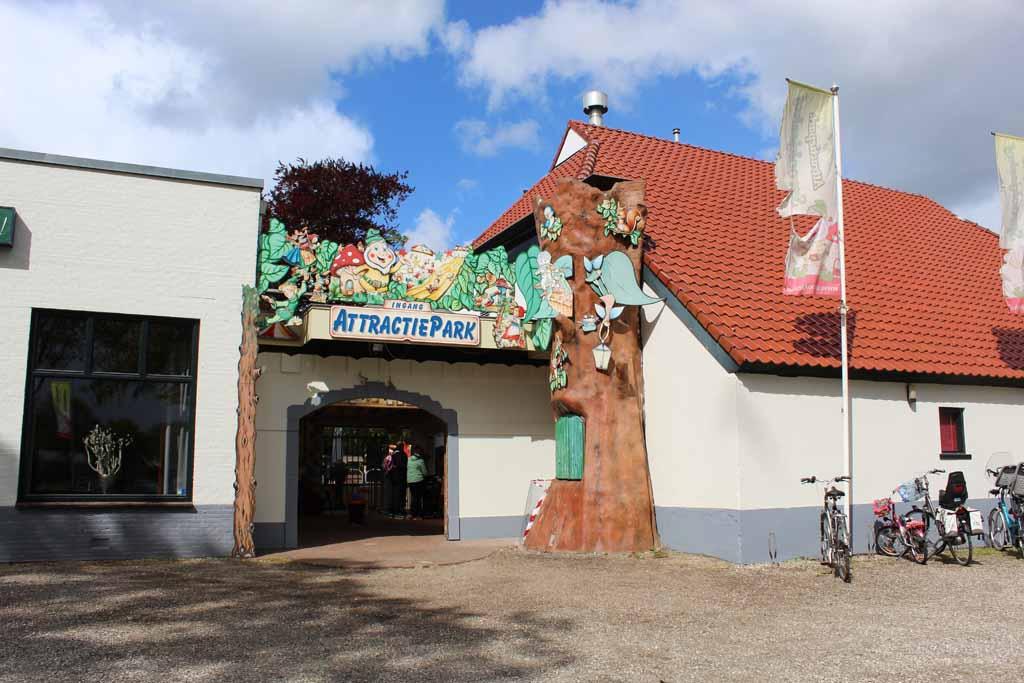De entree van het Sprookjeshof in Zuidlaren