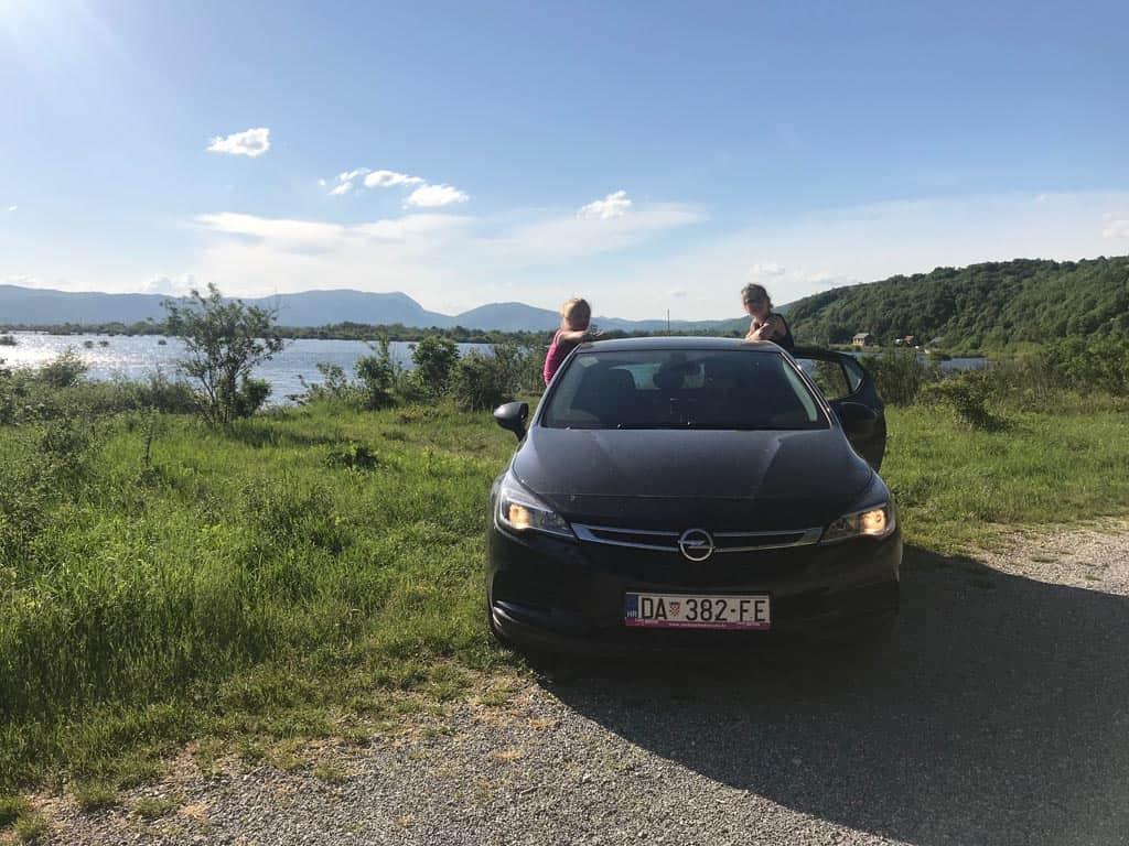 Met de auto de natuurparken in de omgeving van Zadar verkennen (foto: Fieke).