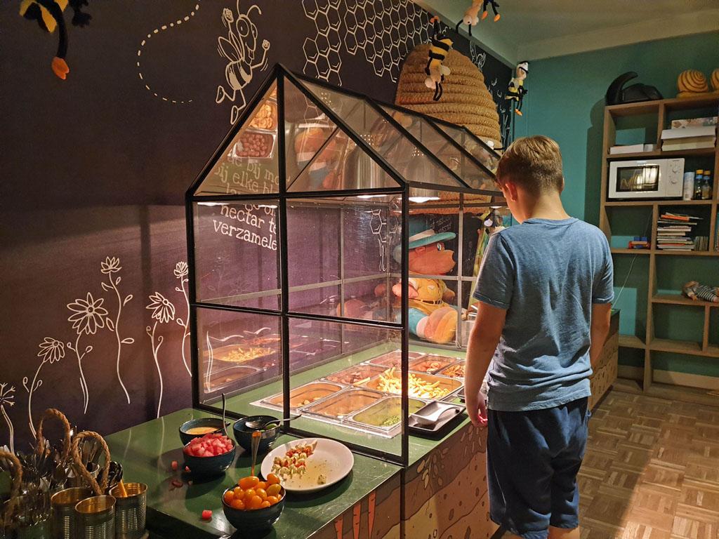 Kinderen tot 12 jaar mogen eten van het Bollo buffet landal-sluftervallei-texel-10