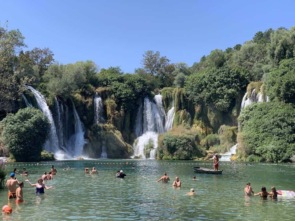 De Kravica waterval in Bosnië en Herzegovina.