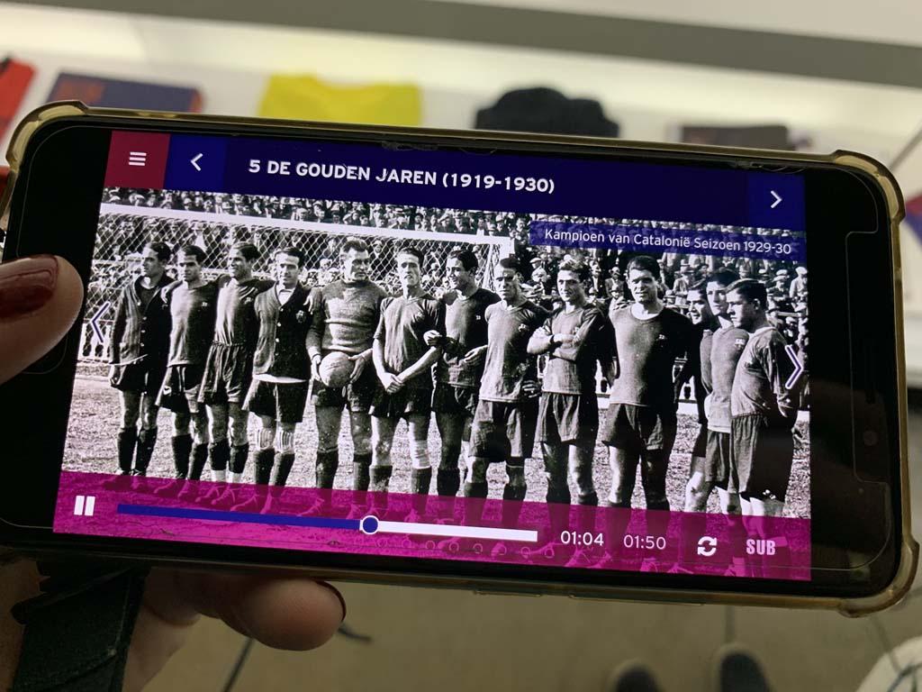 De audiotour neemt ons mee door de geschiedenis van FC Barcelona.