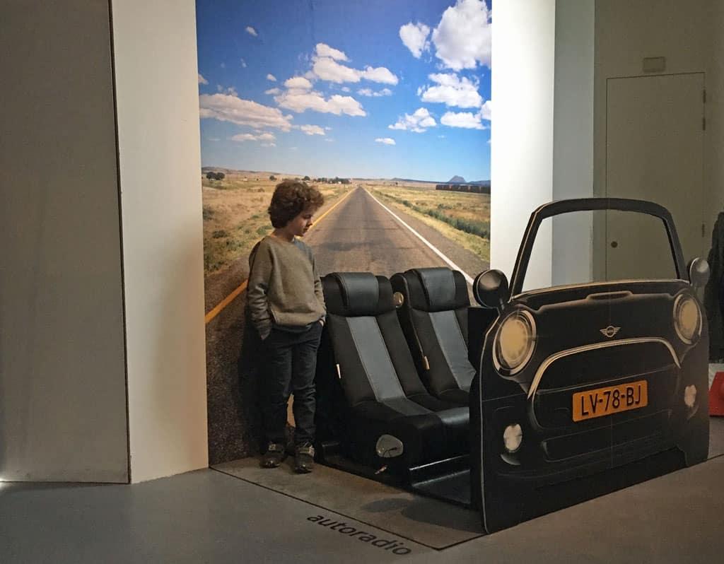 En toen was er de autoradio. Die kennen de kinderen nog wel.