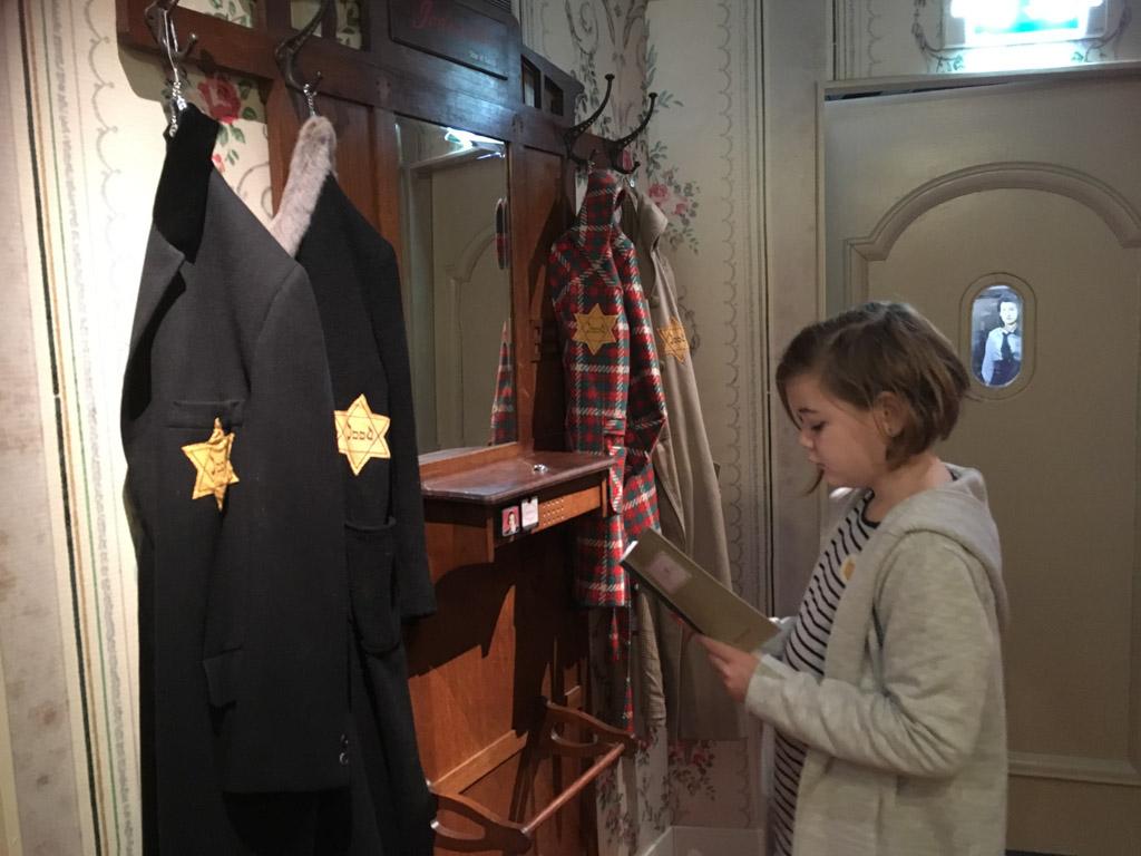 Het verzetsmuseum is indrukwekkend en interactief