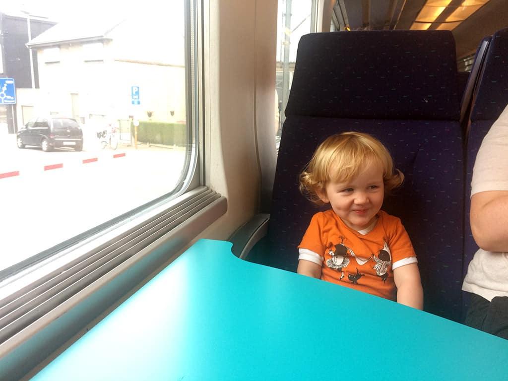 Met de Belgische trein naar Plopsaland, hoe leuk!