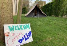 To do vandaag: kampeerplek inrichten en een campingbord knutselen.
