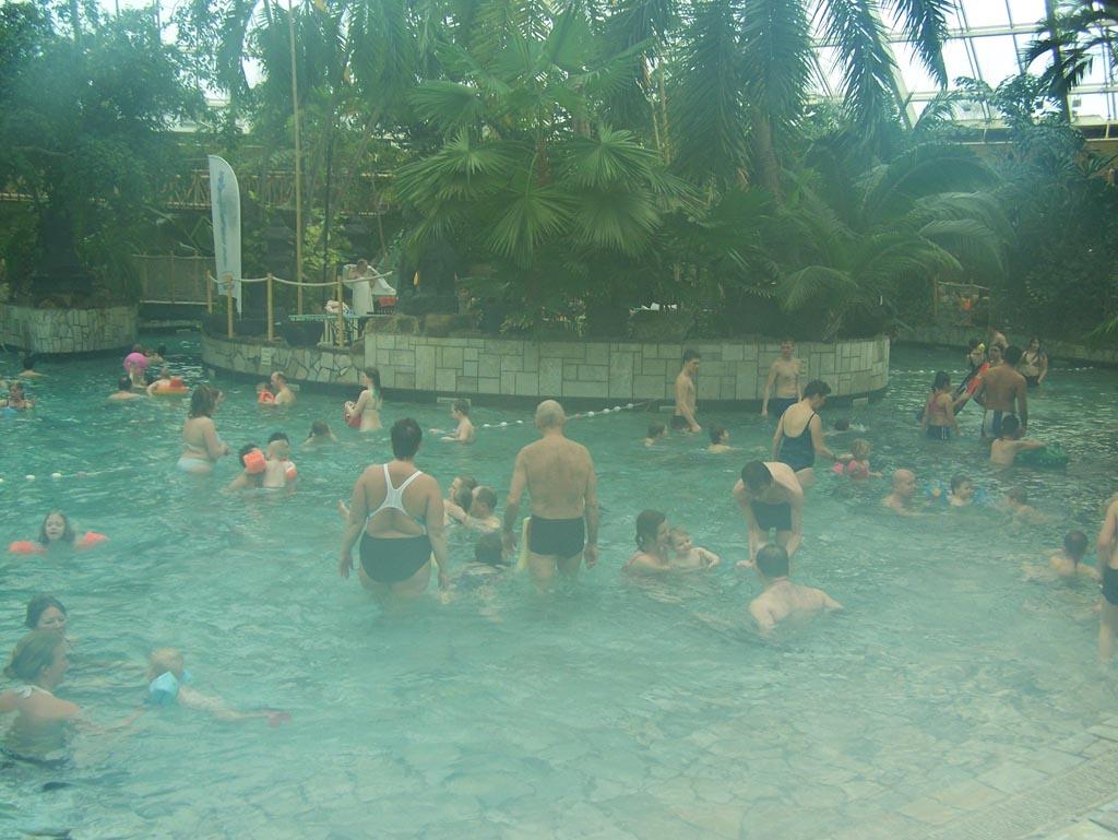 Helaas, even geen subtropische zwemparadijzen bij de vakantieparken.