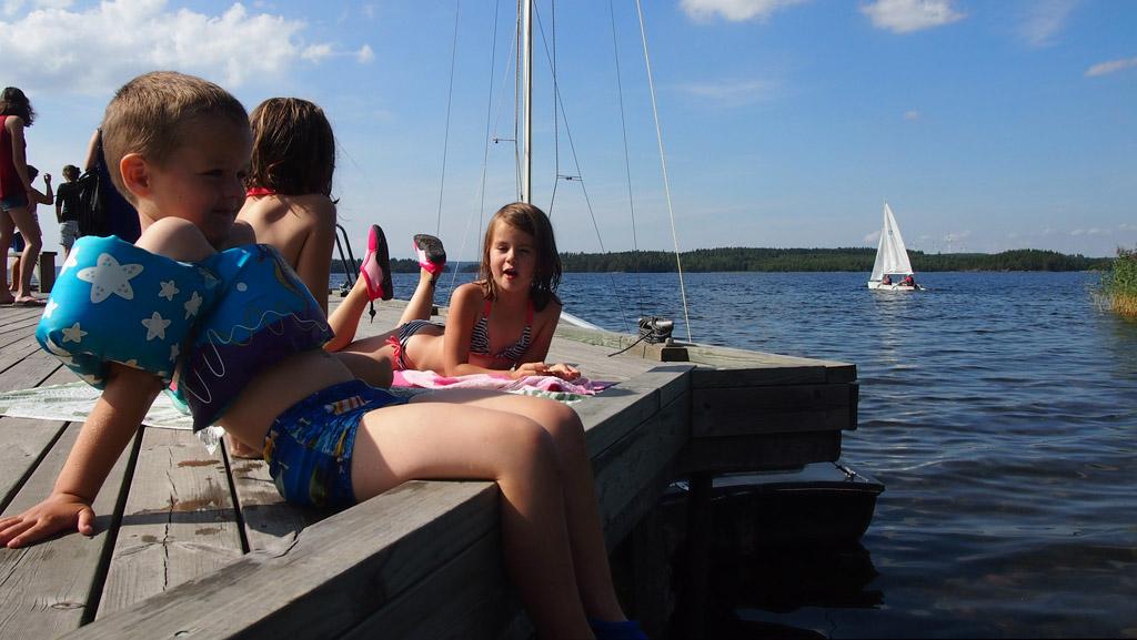 Even chillen bij het water in Zweden.