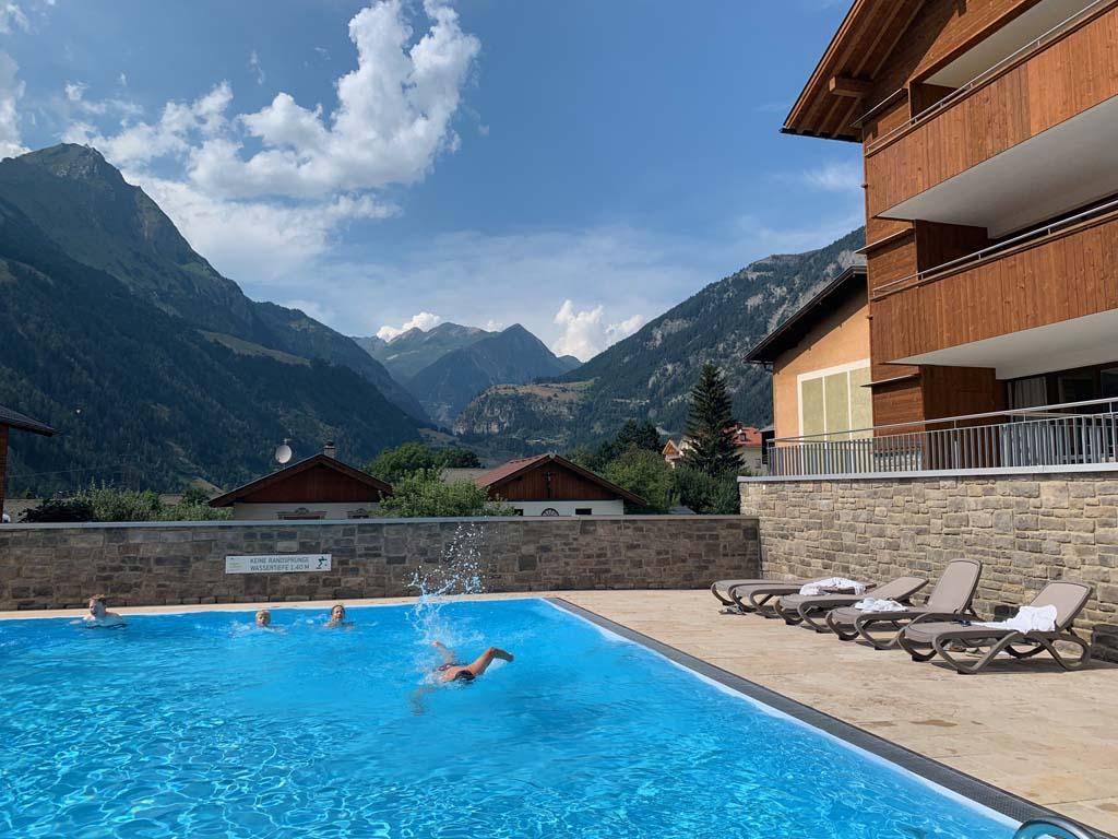 Oostenrijk tieners zwembad