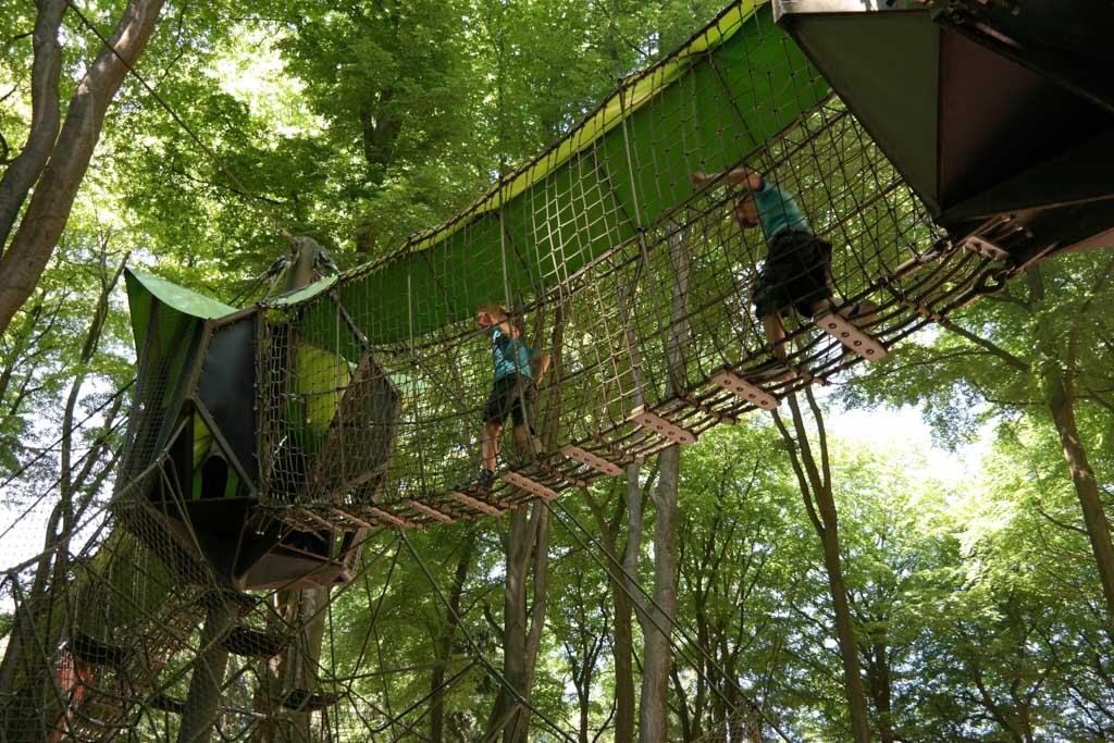 Lekker spelen en klimmen in Kettelerhof.