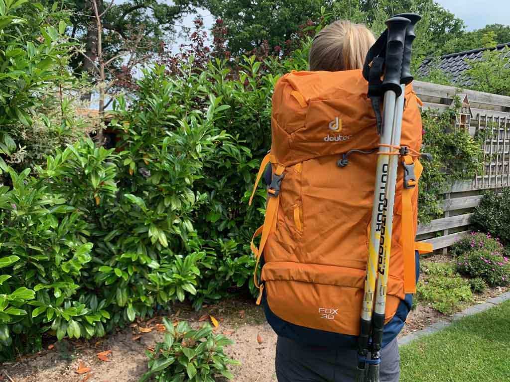 Deuter FOX 30 rugzak geschikt voor wandelstokk