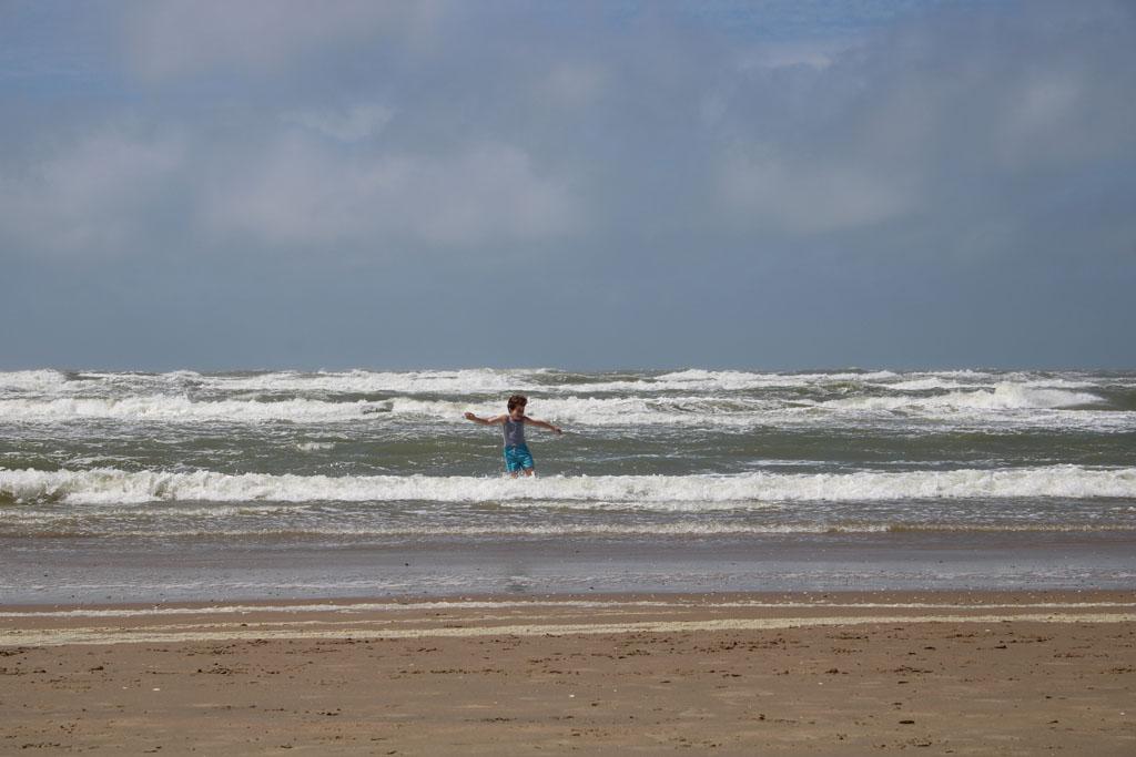 Weer of geen weer, even de zee voelen kan altijd.