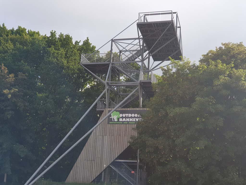 De uitkijktoren van Bakkeveen.