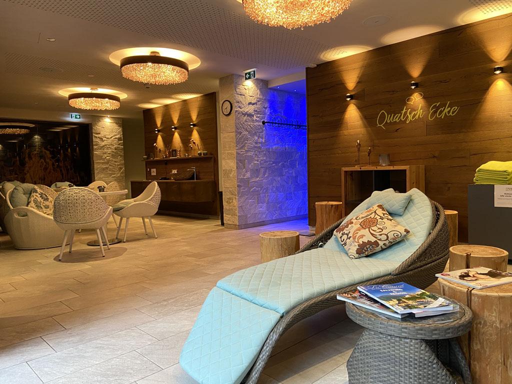 Het hotel heeft ook een heel mooi adults-only gedeelte met een zwembad en diverse sauna's.