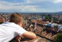 Het uitzicht vanaf de Schlossberg is fenomenaal. graz-met-kinderen-11