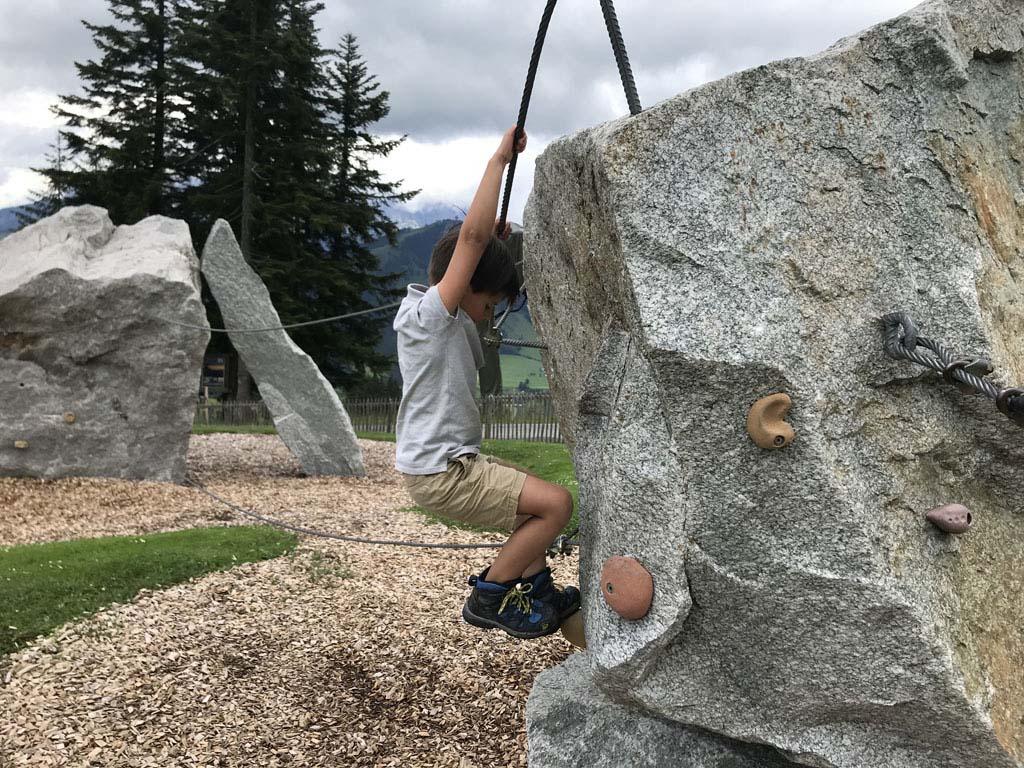 En je kunt er volop klimmen en klauteren.