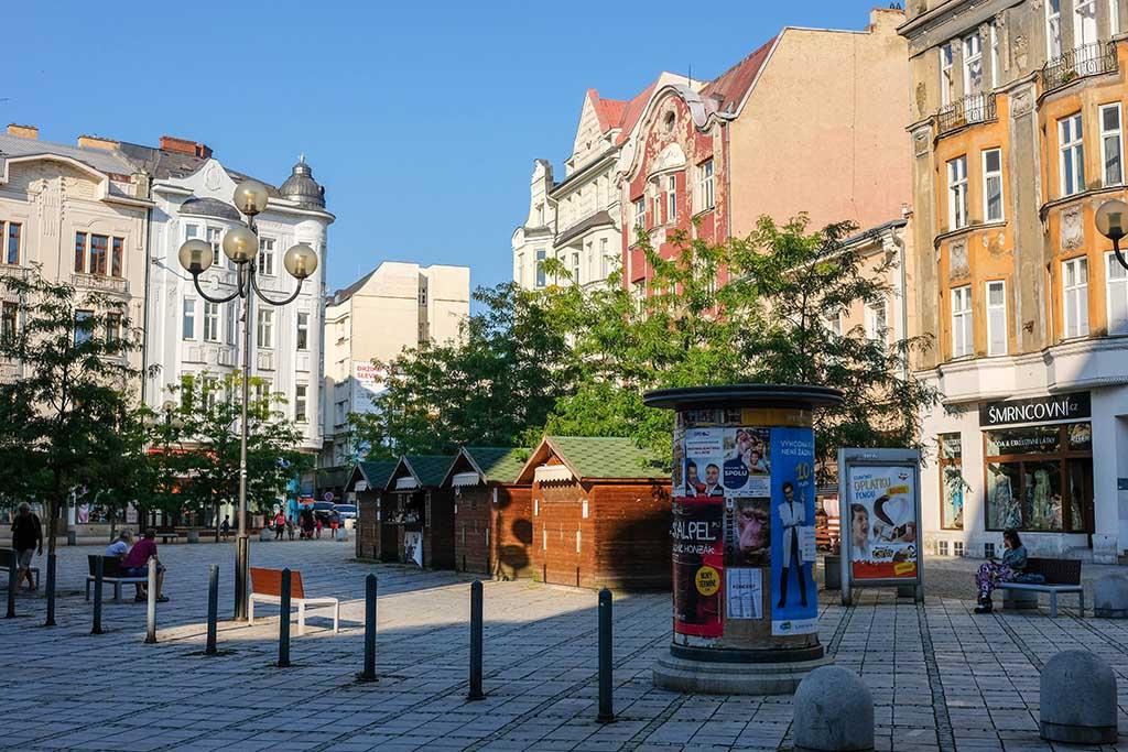 Op het kleine marktplein van Ostrava is er regelmatig een markt