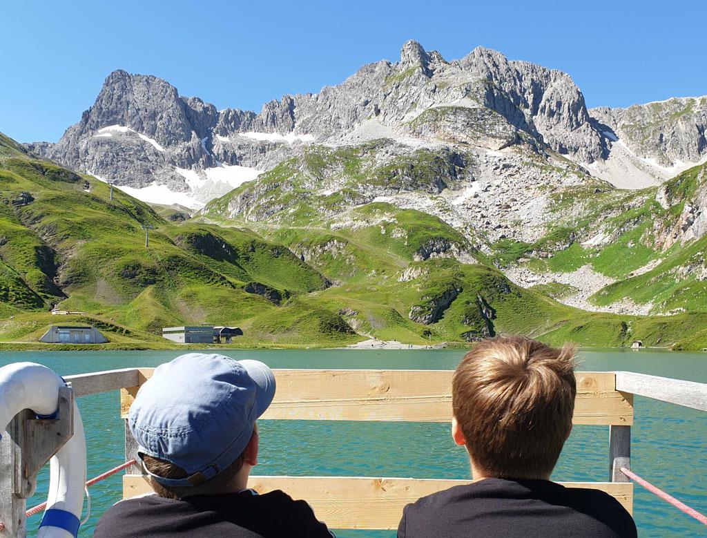 Want het uitzicht vanaf de steiger is fenomenaal vakantie-lech-am-arlberg.22